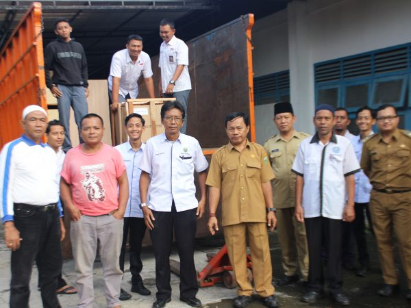 Terimakasih kpd Direktorat pembinaan SMK, Disdik Prov (bid. SMK),bantuan alat praktek TKR (Engine Stand Diesel, Trainer matic transmiasion, Trainer Electrical Body, Trainer electronic fuel injector)